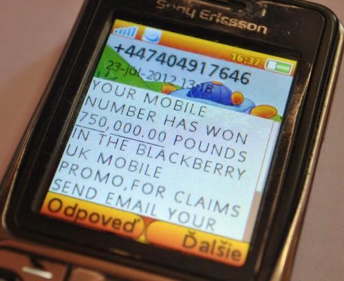 Podvod s BlackBerry už aj na slovenských telefónnych číslach